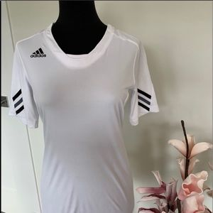 🌺2/$15🌺Adidas performance top size Small